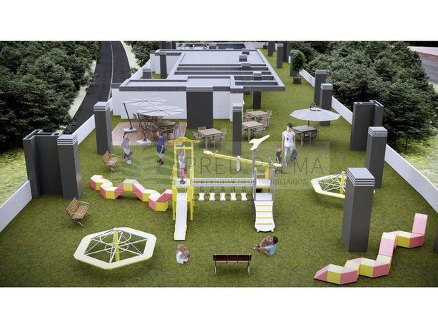 T2 c/terraço; piscina e playground na cobertura