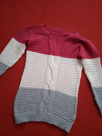 Sweterek damski trójkolorowy