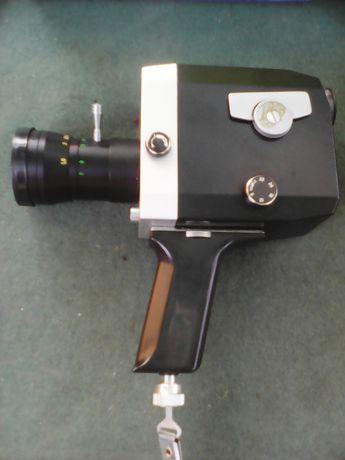 Kamera 8 mm, Kwarc
