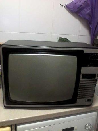 TV Mitsubishi (2x1)
