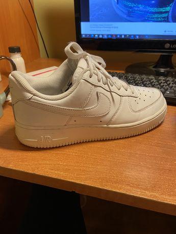 Nike Air Force 1 Low (dunk, jordan)