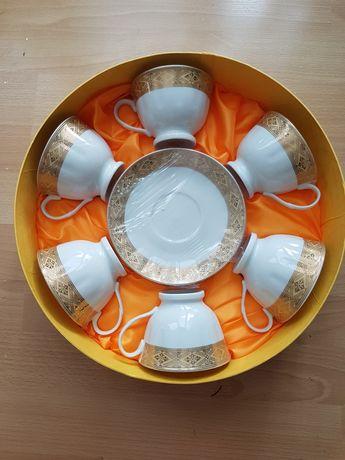 Zestaw prezentowy 6 filiżanek z talerzykami