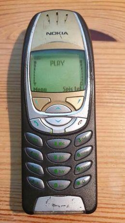 Telefon Nokia 6310 + ładowarka