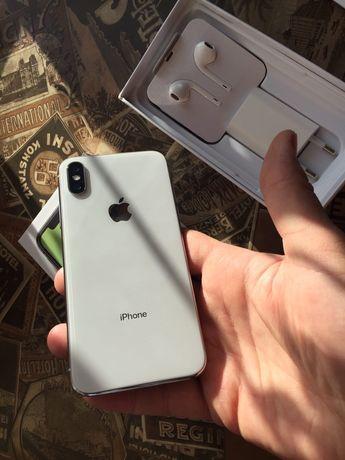 Продам iPhone X Silver на 64 гб!