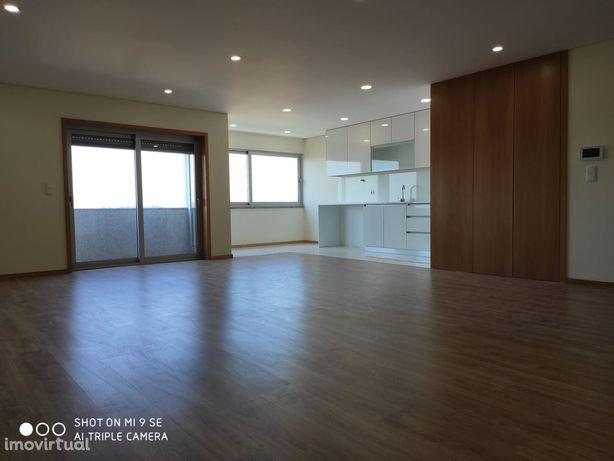 Apartamento T2+1 Arrendamento em Real, Dume e Semelhe,Braga