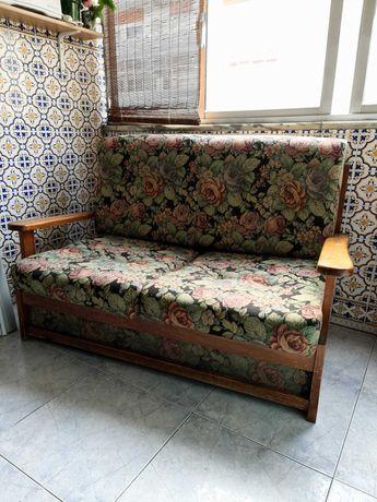sofá cama, em perfeito estado de utilização