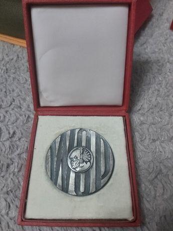 Medal w b. dobrym stanie