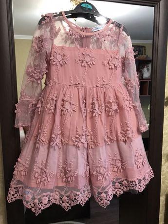 Нарядное пышное платье для девочки 3-4 года