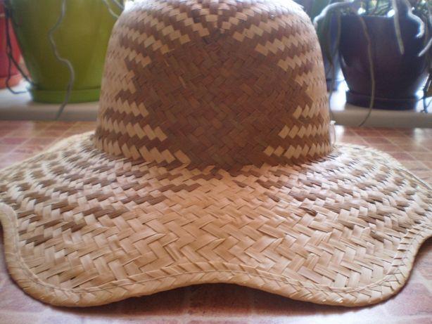 Продам женскую летнюю шляпку