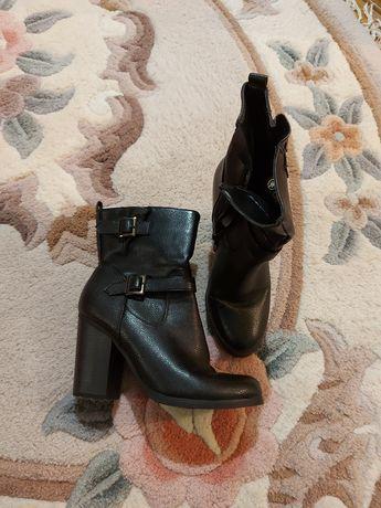 Ботинки Т.Тaccardi 38 размер