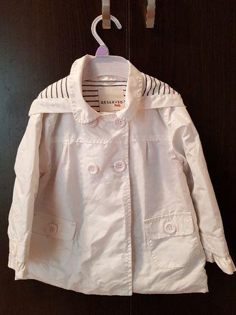 płaszczyk kurtka letnia biała perłowa rozmiar 86 chrzest