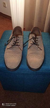 Sapatos de homem, nº 42, em nobuck, como novos