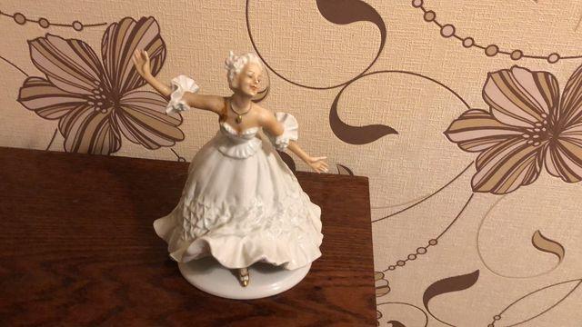 Фарфоровая статуэтка балерина германия