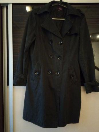 Czarny płaszcz jesienny XXXL