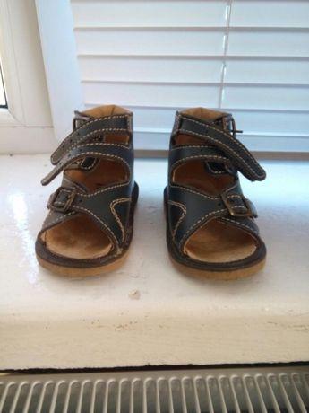 Продам Детские ортопедические сандали
