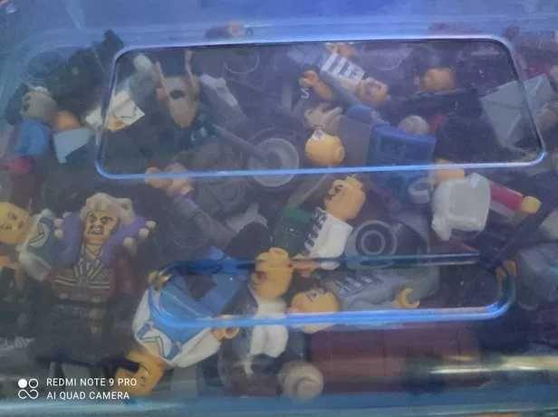 figurki lego i dodatki