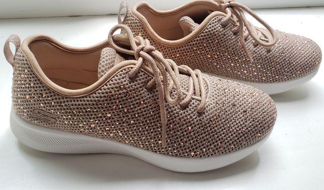 Продам оригинальные кроссовки Skechers