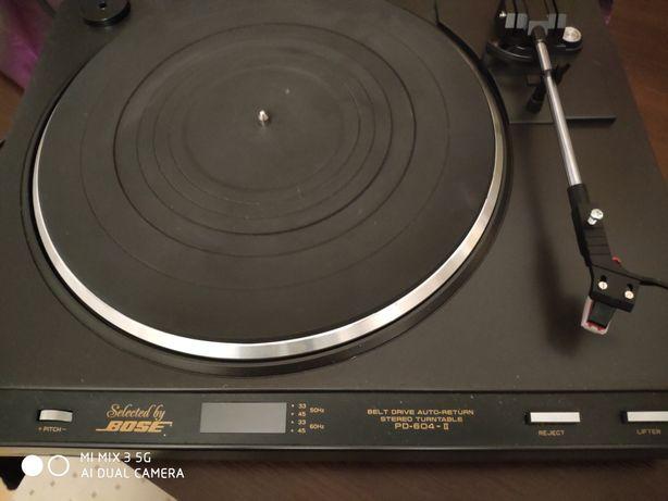 Gramofon Bose PD-604-II