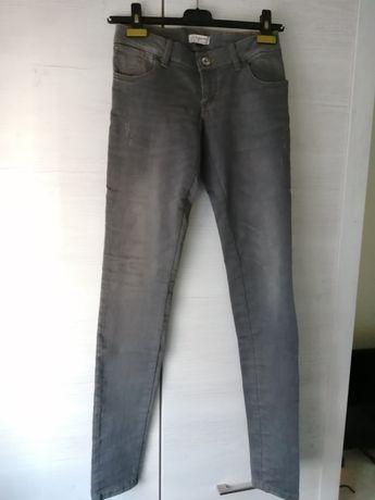 Spodnie jeans Tigerhill