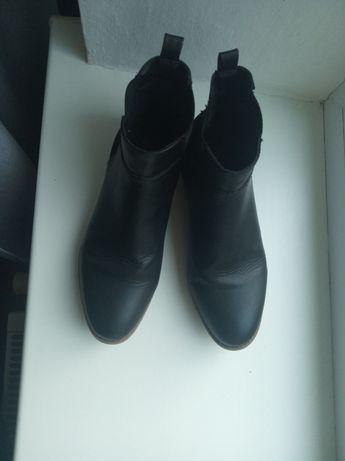 Черевички ботинки сапожки чобітки