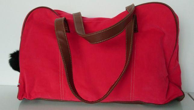 Czerwona torba podróżna Tommy Hilfiger