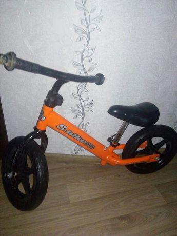 Беговел, велосипед без педалей