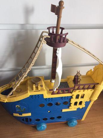 Barco Piratas brinquedo