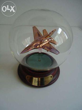 Escultura De Avião Em Vidro