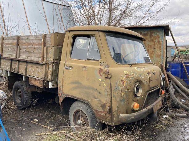 УАЗ бортовой 3303