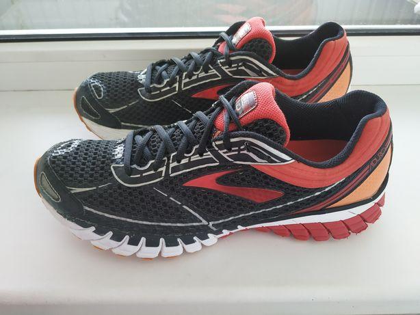 Кроссовки Brooks 45р. 28,5см Nike