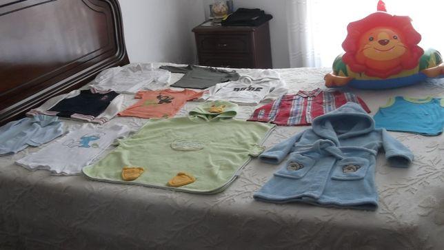 lote de roupa de menino a boia leão
