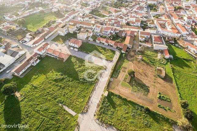 Terreno urbano com 164 m2, para construção de moradia unifamiliar | Vi