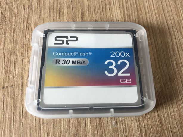 SP CompactFlash 32 ГБ