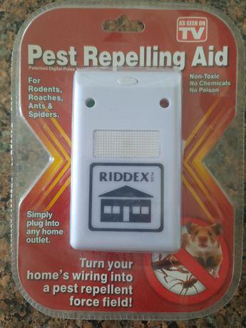 Ультразвуковой отпугиватель грызунов Riddex