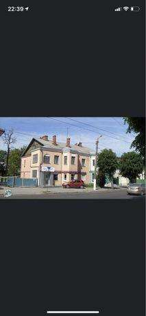 Сталинка 2-х комнатная в центре Житомира. Свой закрытый двор.