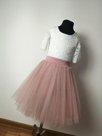 Piękny zestaw tiulowa spódniczka koronkowa bluzka inne kolory