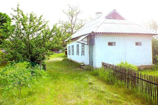 Будинок та ділянка у заповіднику (с. Богдани)