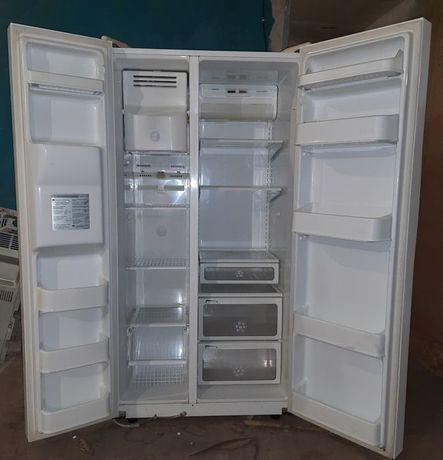 Side-by-Side NO FROST холодильник LG. Доставка бесплатно!