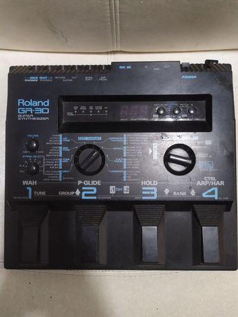 Sintetizador Roland GR30