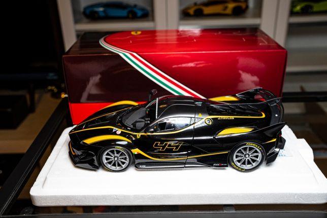 BBR Ferrari FXXK-EVO Nero Lucido nowy w pełni otwierany 1:18