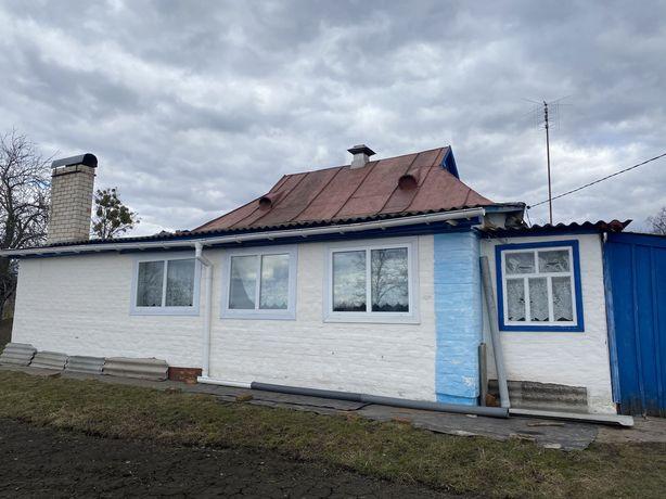 Продається будинок в с.Озеряни Чернігівської обл.