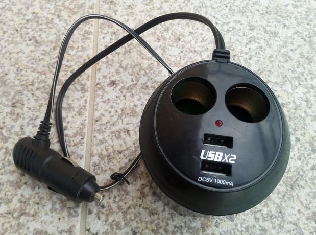 Carregador de Isqueiro + USB