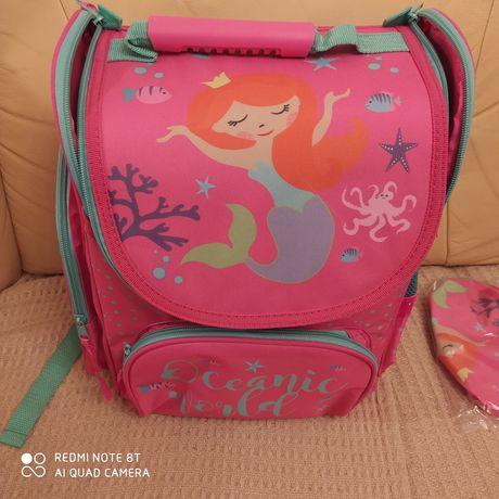 Plecak , tornister do szkoły dziewczęcy Oceanic World