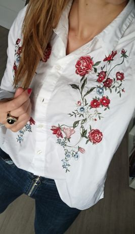 Koszula z haftem Hm