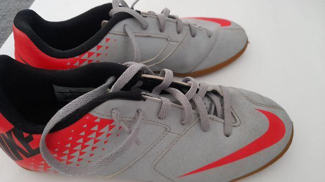 Sapatilha Nike 38
