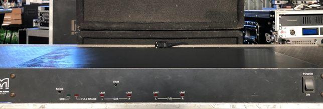 Processador Martin Audio