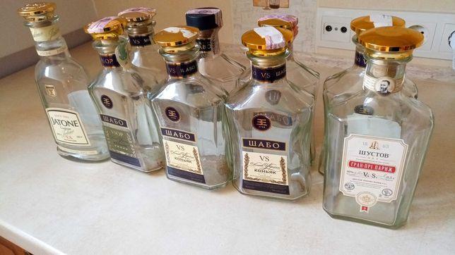 Пляшки для напоїв