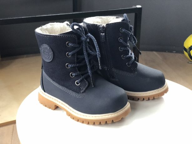 Ботинки зимние натуральная кожа 25р. 16 см стелька