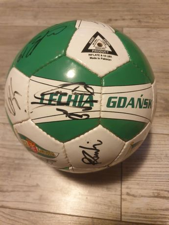 Piłka z autografami Lechia Gdańsk