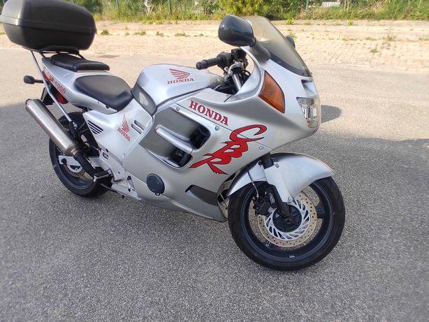 Honda CBR 1000 SC 24